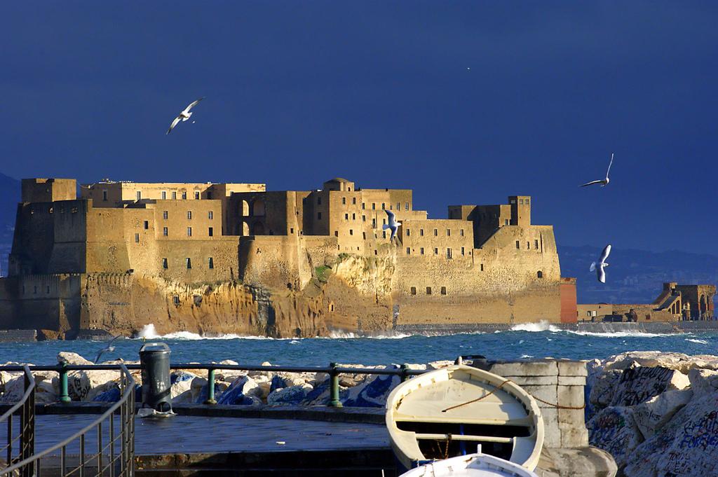 Castel dell'Ovo, Naples.
