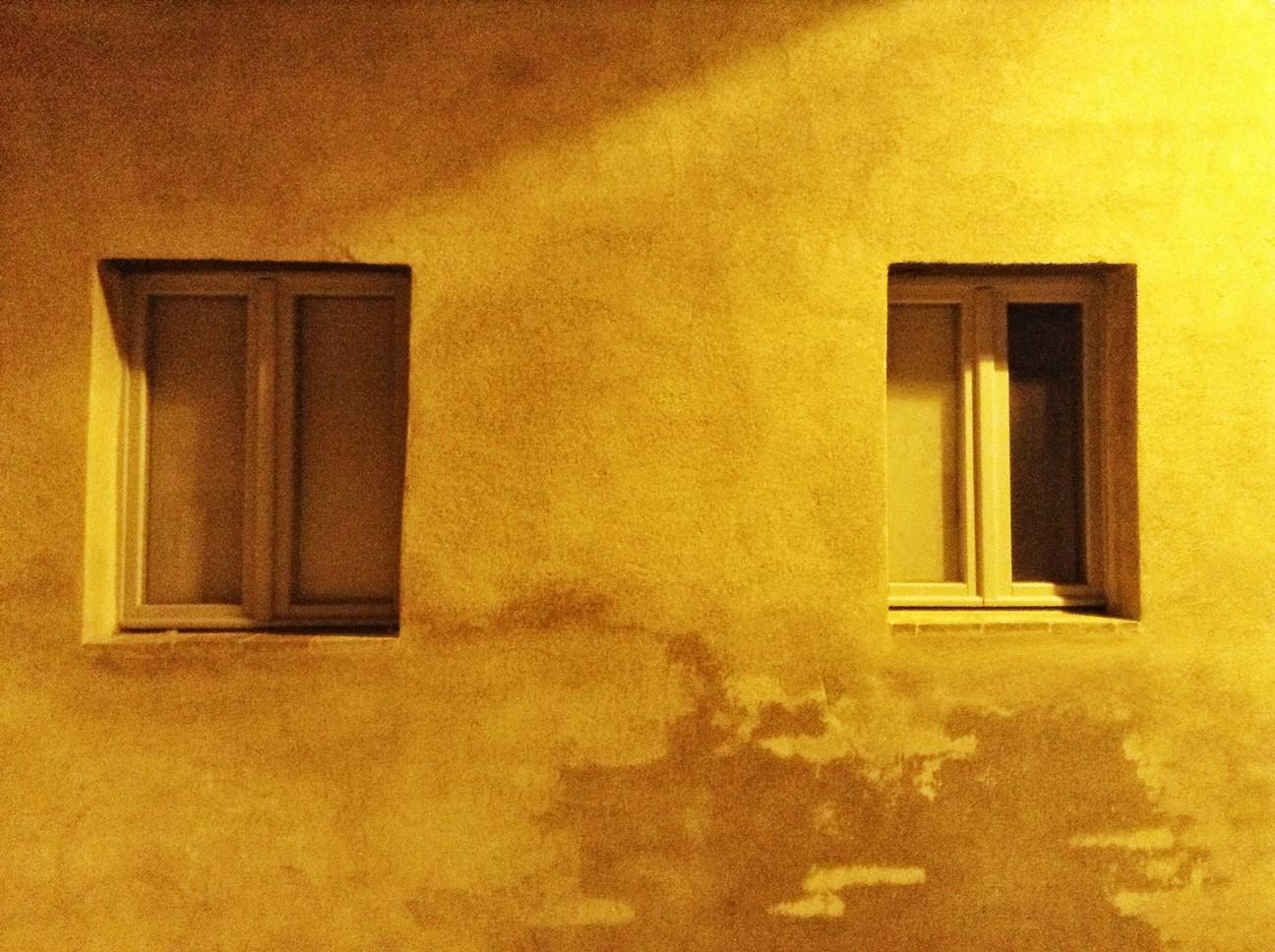 Villa Ficata clay walls