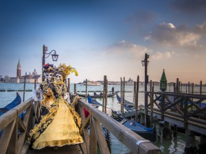 Venice Carnival, by Flickr User Stefano Montagner (@stemonx)