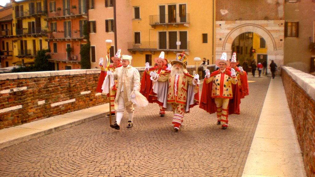 "Verona Carnival, ""Bacanal del Gnoco"", pic by Flickr User Benito Roveran"