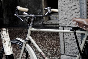 A bike in Bologna, by flickr user Luca