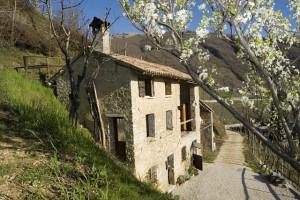 The tavern with no host, Valdobbiadene