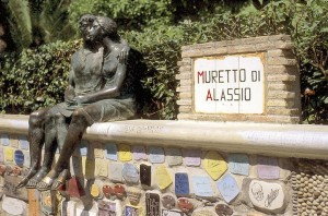 "The ""Muretto"" of Alassio, pic by Alassio.eu"