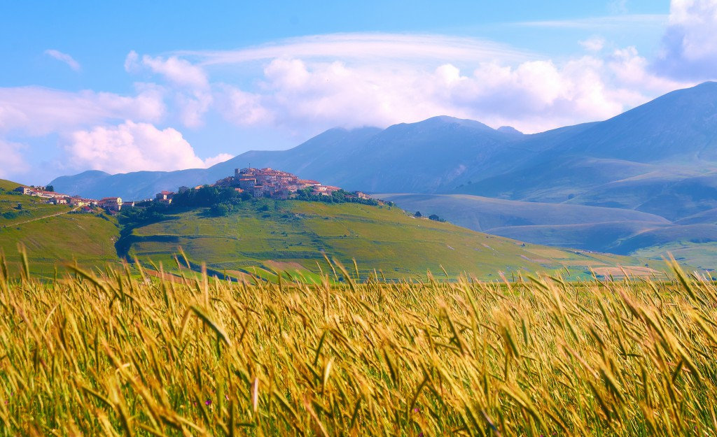 Norcia's view, pic by Flickr User Moyan Brenn