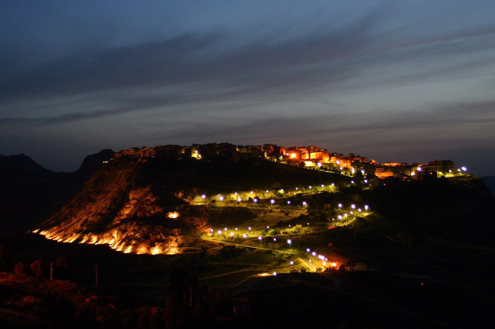 Sant'Angelo Muxaro by night
