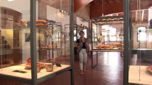 Syusy at the Roman Ship Museum