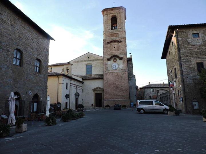 Chiesa di Collegiata e San Maria Maggiore - facing - the smaller church to the left side is the Chiesa di San Francesco e Dell'Orazione