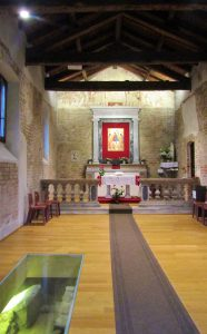 Nosedo tiny Church, inside