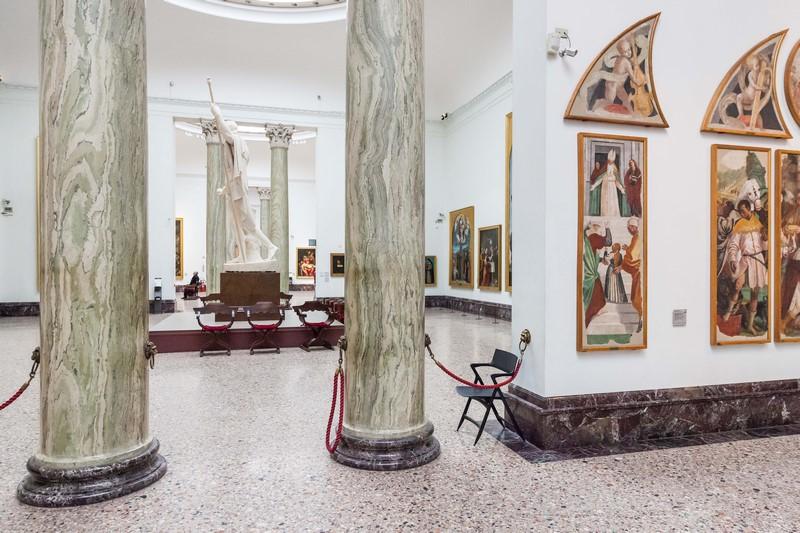 Pinacoteca di Brera, Milan - inside view