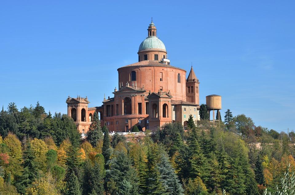 Bologna, St Luca
