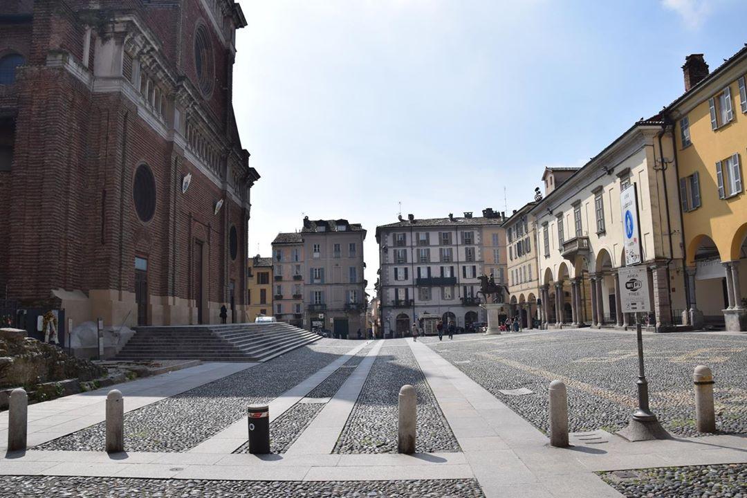Pavia, Piazza del Duomo