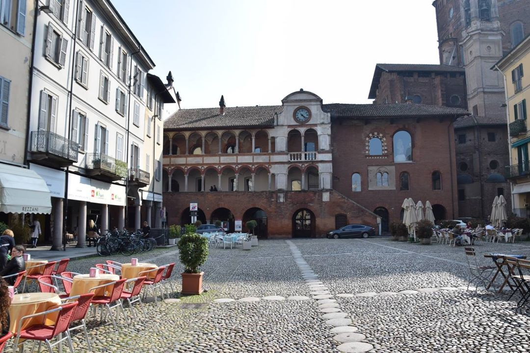 Pavia, the Broletto