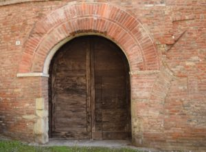 Pavia, beautiful old door!