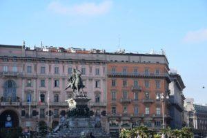 Piazza del Duomo - Monument to Vittorio Emanuele II
