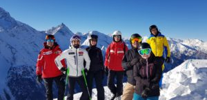 The team, Pila