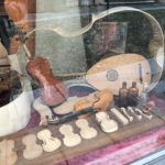 Cremona_ Showcase of a violins maker_Nicoletta Speltra