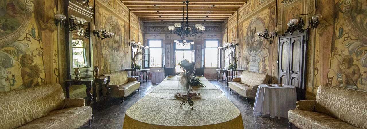 Villa Ca Conti room